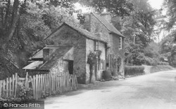 Little Malvern, Old Cottage 1923