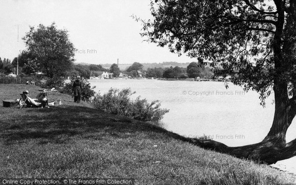 Little Marlow, the River c1955