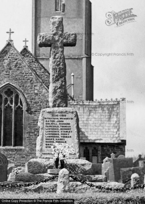 Photo of Little Torrington, War Memorial c.1960