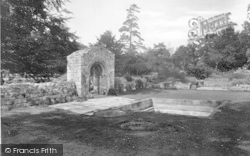 Little Walsingham, The Abbey, Holy Well 1926