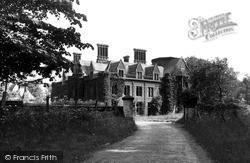 Littlebourne, Lee Priory c.1960