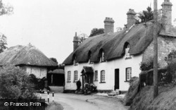 Littleham, Thatched Cottages c.1960