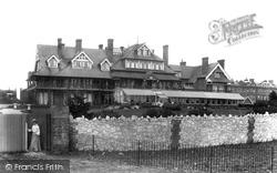Littlehampton, Beach Hotel 1903