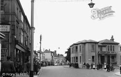 Littlehampton, High Street c.1950