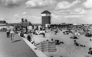 Littlehampton, The Beach c.1965
