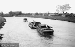 Littleport, Dredger On The River Ouse c.1955