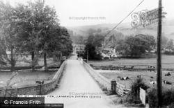Llanarmon Dyffryn Ceiriog, General View c.1965