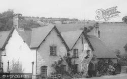 Llanarmon Dyffryn Ceiriog, The West Arms Hotel c.1960