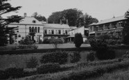 Llanbedr-Dyffryn-Clwyd photo