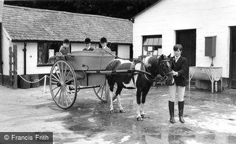 Llanbedr, Dolmygliw Riding School c1960