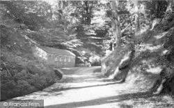 Llanbedrog, Road To The Beach c.1960