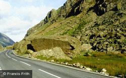 Pass And Cromlech c.1990, Llanberis