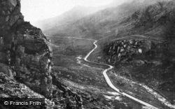 The Pass c.1920, Llanberis