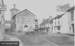 Llandovery, Square c.1965
