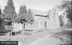Llandrindod Wells, Holy Trinity Church 1958