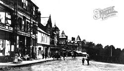 Llandrindod Wells, Station Crescent c.1900