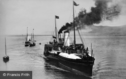 Llandudno, Paddle Steamer c.1910