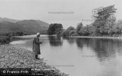 Llanelltyd, Salmon Fishing In The River Mawddach c.1955