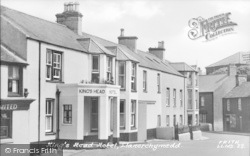 Llanerchymedd, The King's Head Hotel c.1955