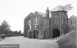 Llanfairfechan, Plas Heulog Holiday Home c.1935