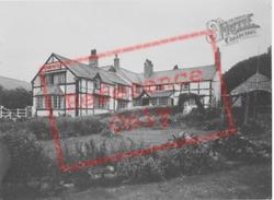 Llanferres, Druid Hotel c.1955