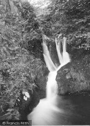 Llanfihanger Y Pennant, The Falls c.1935, Llanfihangel-Y-Pennant