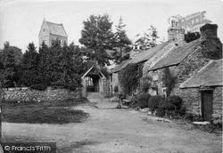 Llanfor, Village 1913