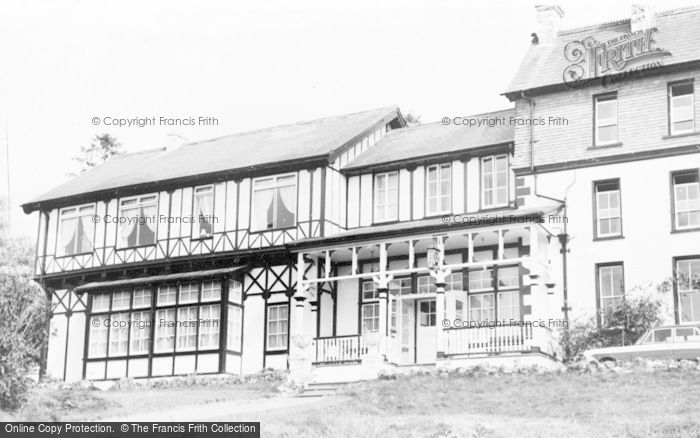 Photo of Llangammarch Wells, The Lake Hotel c.1960