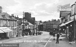 Llangefni, High Street c.1939