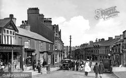 Llangefni, High Street c.1940