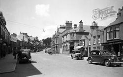 Llangefni, Up The High Street c.1940