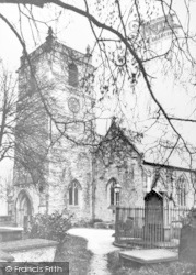 Llangollen, St Collen's Church And Ladies' Tomb c.1935