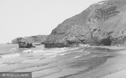 Llangrannog, The Bay C195