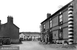 Llansannan, Saracen's Head c.1955