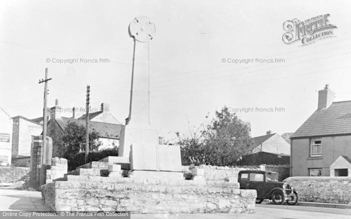 Photo of Llantwit Major, War Memorial c.1955
