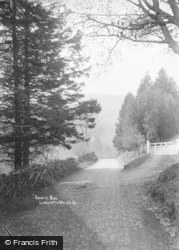 Country Road c.1930, Llanwrtyd Wells