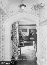 Dol-Y-Coed Hotel, The Entrance Lounge c.1960, Llanwrtyd Wells