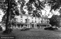 The Abernant Lake Hotel c.1960, Llanwrtyd Wells