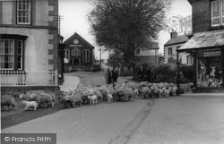 The Village c.1930, Llanwrtyd Wells