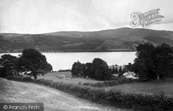 Lake And Church 1931, Llanycil