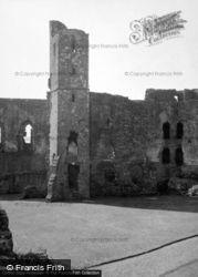 Castle 1953, Llawhaden