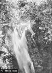 Llyfnant Valley, Cascade 1892