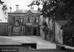 Crossway Hospital 1936, Llysworney