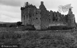 Loch Awe, Kilchurn Castle 1949
