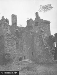 Loch Awe, Kilchurn Castle, Tower House 1949