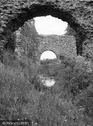 Lochmaben Castle 1963, Lochmaben