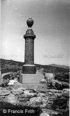 Lochmaddy, War Memorial, Berneray c1960