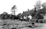 Lockeridge, the Dene c1955