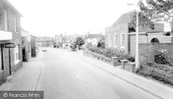 Loddon, High Street c.1960