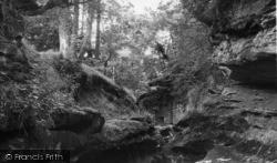 How Stean Gorge 1950, Lofthouse